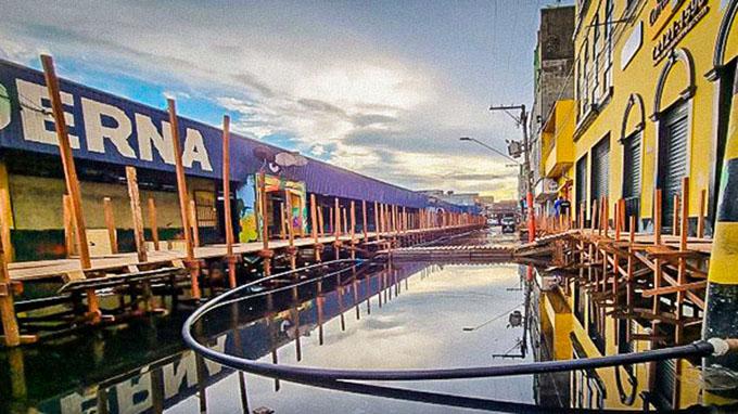 Palafitas sistema bombeamento agua Barao Sao Domingos